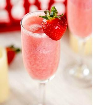 Cocktail Mimosa à la fraise!